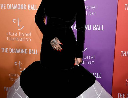 Fans Lose Mind Hearing Rihanna Might Be Pregnant